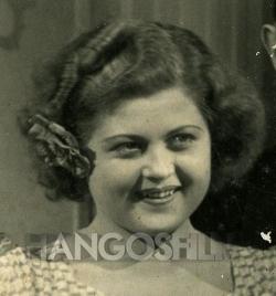 Renée Felice Smith - Sztárlexikon - Starity.hu